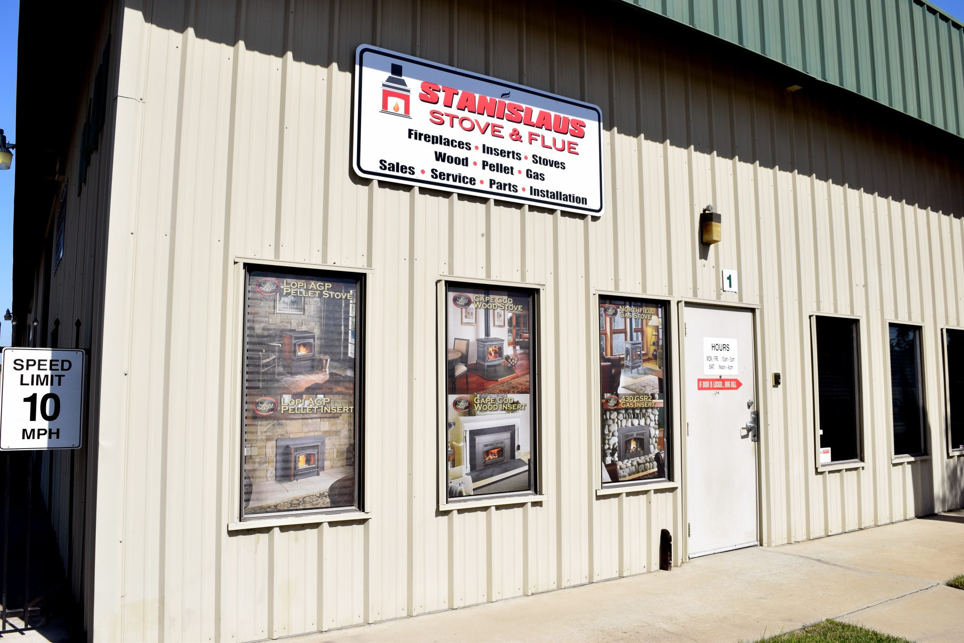 Storefront Signs & Window Wraps